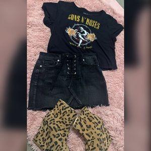 🔥Distressed Black Jean skirt size S in women's🔥
